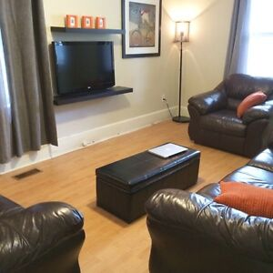 3bedroom house available March 1