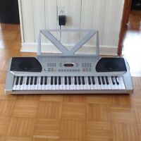 keyboards piano for sale