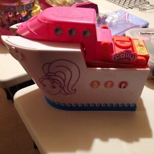 Polly pocket toy cruise ship with accessories