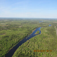 200 ACRES WITH 1 MILE ON CANAAN RIVER, COLES ISLAND, NB