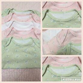 Set of 5 Beautiful girls vests 0-3 months