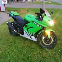 SOLD....  Edition Ninja 250R  $2800 OBO