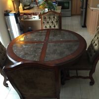 Marble and wood dining table/ dînette