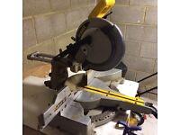 Dewalt DW712 sliding mitre saw