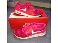 Nike air max thea pink size 6
