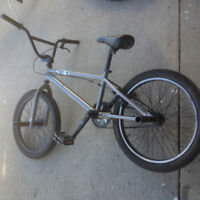 BMX with 2 pegs in good condition for sale