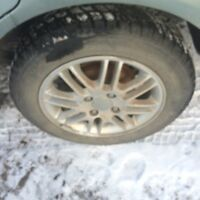 2004 Ford Focus rims and tires