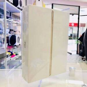 BRAND NEW SEALED IPAD 5TH 128GB GOLD WIFI CELL TAX INVOICE Surfers Paradise Gold Coast City Preview