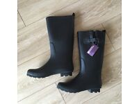 Mountain Warehouse Womens Wellie Boots size 5 (RRP £49.99)