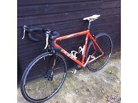 Felt f90 Road bike -aluminium frame 56cm-Carbon forks £160