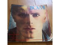 David Bowie an illustrates record