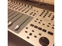 M-Audio ProjectMix I/O - Firewire sound card and motorised interface