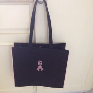Excellent shape breast cancer awareness tote.  Kingston Kingston Area image 1