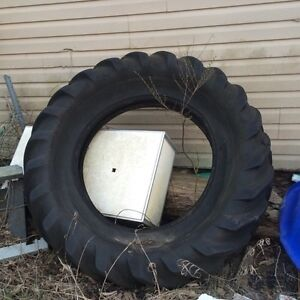 Free tractor tire