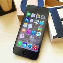 A+ condition iPhone 5 black 16G UNLOCKED au model with charger Calamvale Brisbane South West Preview