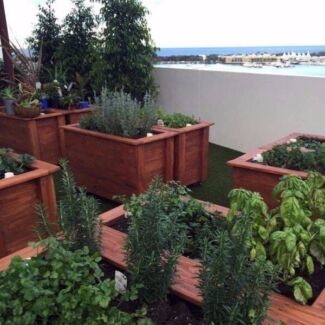 EcoWise Planters