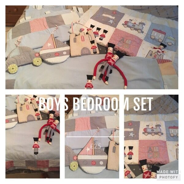 Nursery boys bedroom set £15