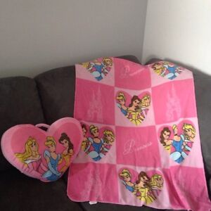 Princess blanket and pillow