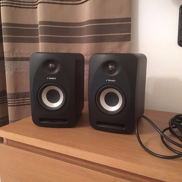 tannoy reveal 402 pair of studio monitors in polmont falkirk gumtree. Black Bedroom Furniture Sets. Home Design Ideas