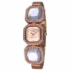 WeiQin W4202 Diamond Scale Female Quartz Watch Acylic Crystal