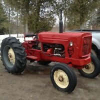 Cockshutt farm tractor 4 cyl gas pto 3 poit hitch