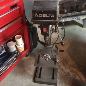 Perceuse a colonne / press drill DELTA