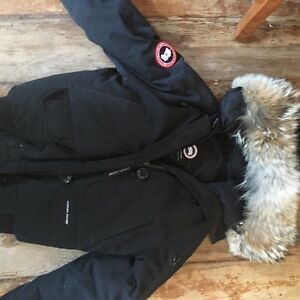 Canada Goose kids outlet authentic - Women Canada Goose Xs | Kijiji: Free Classifieds in Ontario. Find ...