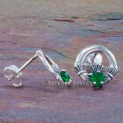 (925 Sterling Silver CELTIC CLADDAGH Earrings Green cz Irish Love Heart Hand stud)