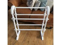 Vintage style towel rail blanket rail white solid timber