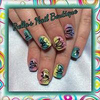 Gel Nails With a Touch of Art!