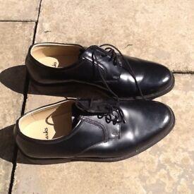 Gents black dress shoes 7
