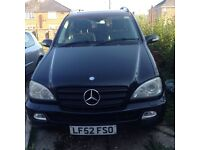 Ml 320 in very good condition few scratches