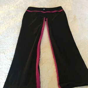 Lululemon Black / Hot Pink Pants Size 8/10