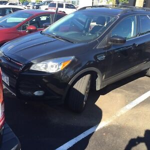 2014 Escape lease take over great deal mint car