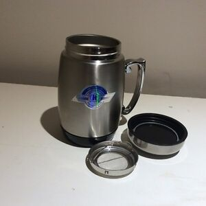 BRAND NEW STAINLESS STEEL INSULATED THERMOS WITH STRAINER Oakville / Halton Region Toronto (GTA) image 1