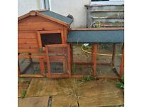 Outdoor hutch**urgent**