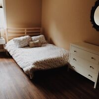 Great room in Strathcona for Rent