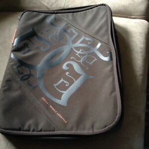 New Golla mobile life style laptop bag with Handel London Ontario image 1