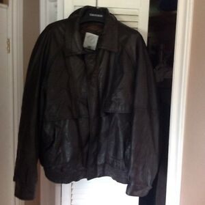 Mens large brown leather jacket