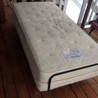 Simmons Electric Adjustable Bed Twin