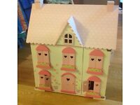 Early learning Centre- Rosebud Cottage Dolls House and furniture