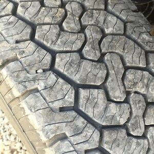 Bf Goodrich rugged trail T/A 265/70r17