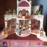 Like New Playmobil Princess Castle. New price.