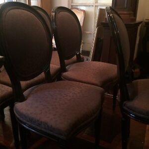 Rare set of 8 French style oval back chairs Cambridge Kitchener Area image 2