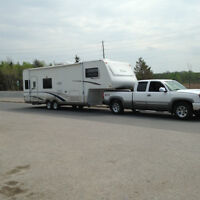 Trail Lite Fifth Wheel with slide HALF TON TOWABLE