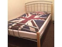 Double as single room available in Manor Park