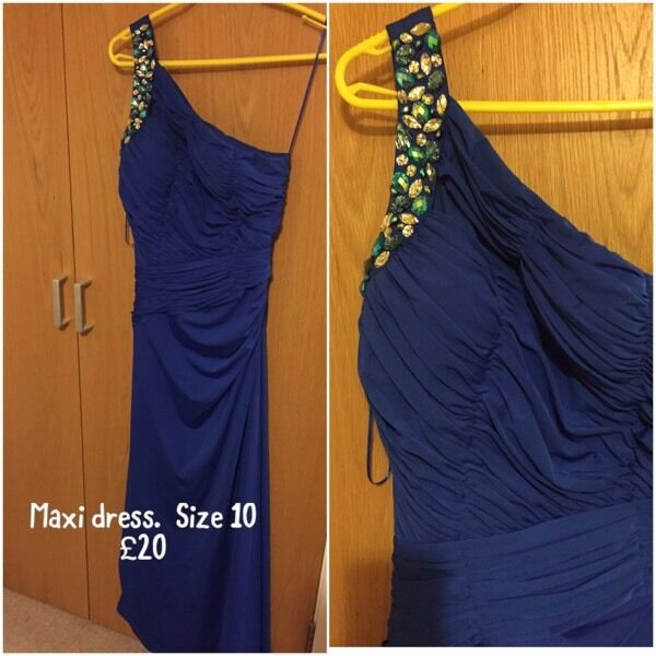 SOLD PENDING TUE COLLECTION -Blue maxi dress - size 10