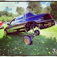 Lincoln towncar lowrider