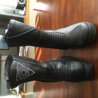 Daytona Motorcycle boots - size 11.5 - made in Barvaria