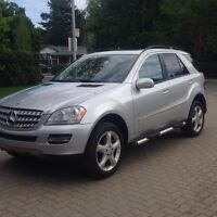 2006 Mercedes ML500 GPS AMG pack Mags 19 pouces